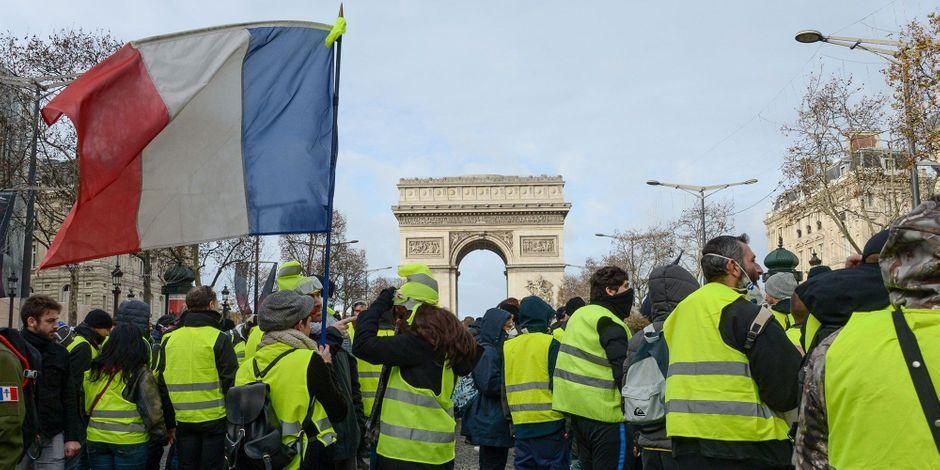 """Bulletin MC/KPK č. 18: Hnutí žlutých vest – první pokus o mobilizaci """"lidu""""  za silný stát proti pracující třídě"""